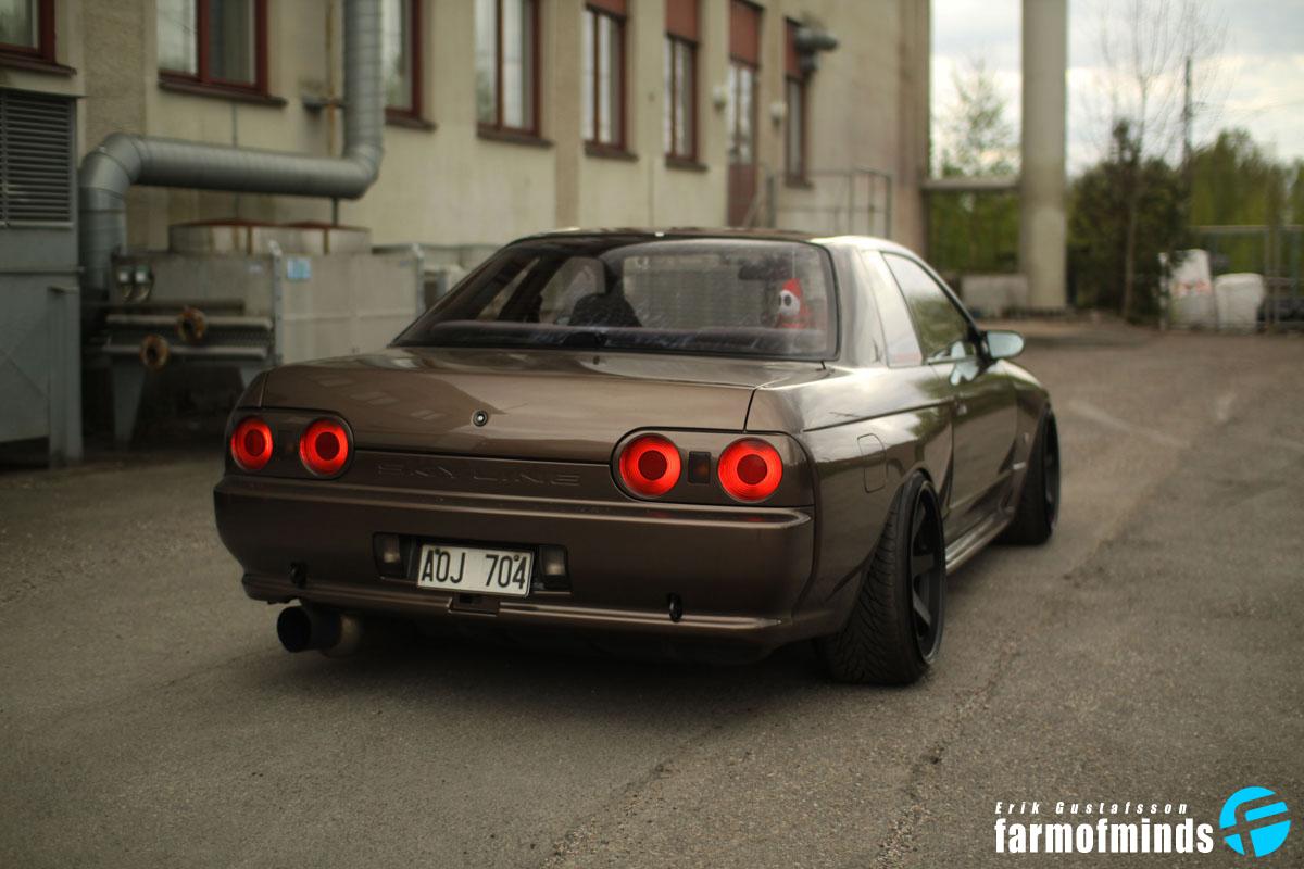 stanced Nissan Skyline GTR BNR32