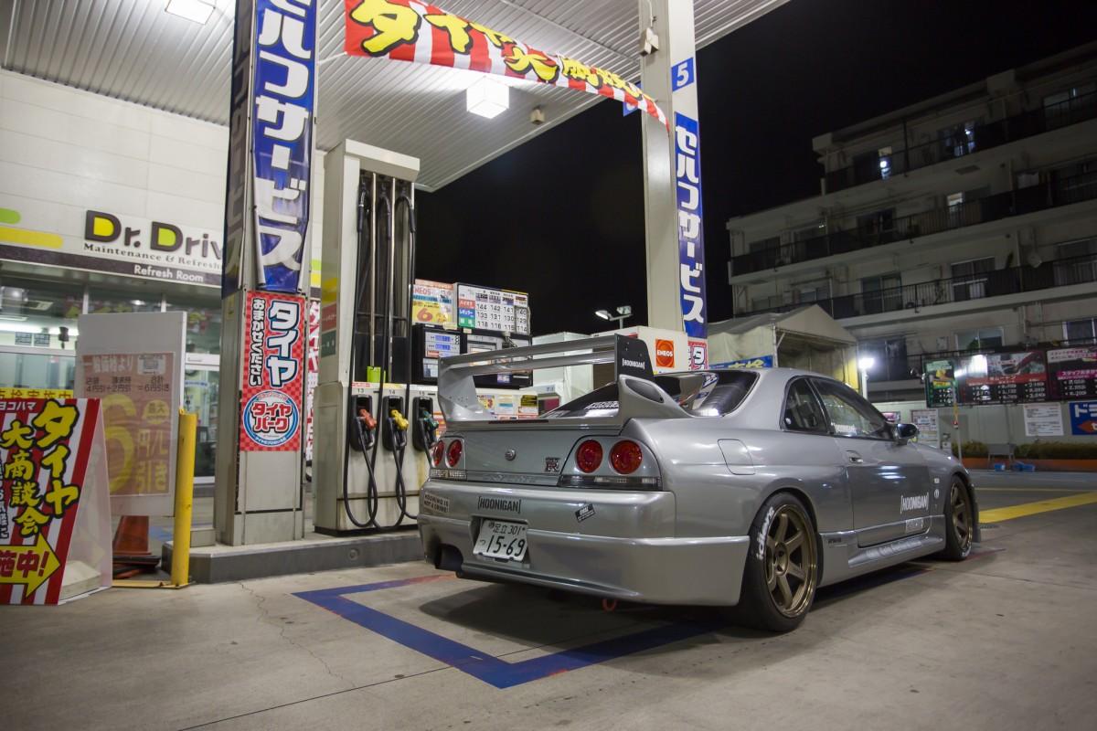 Oval Auto R33 GTR
