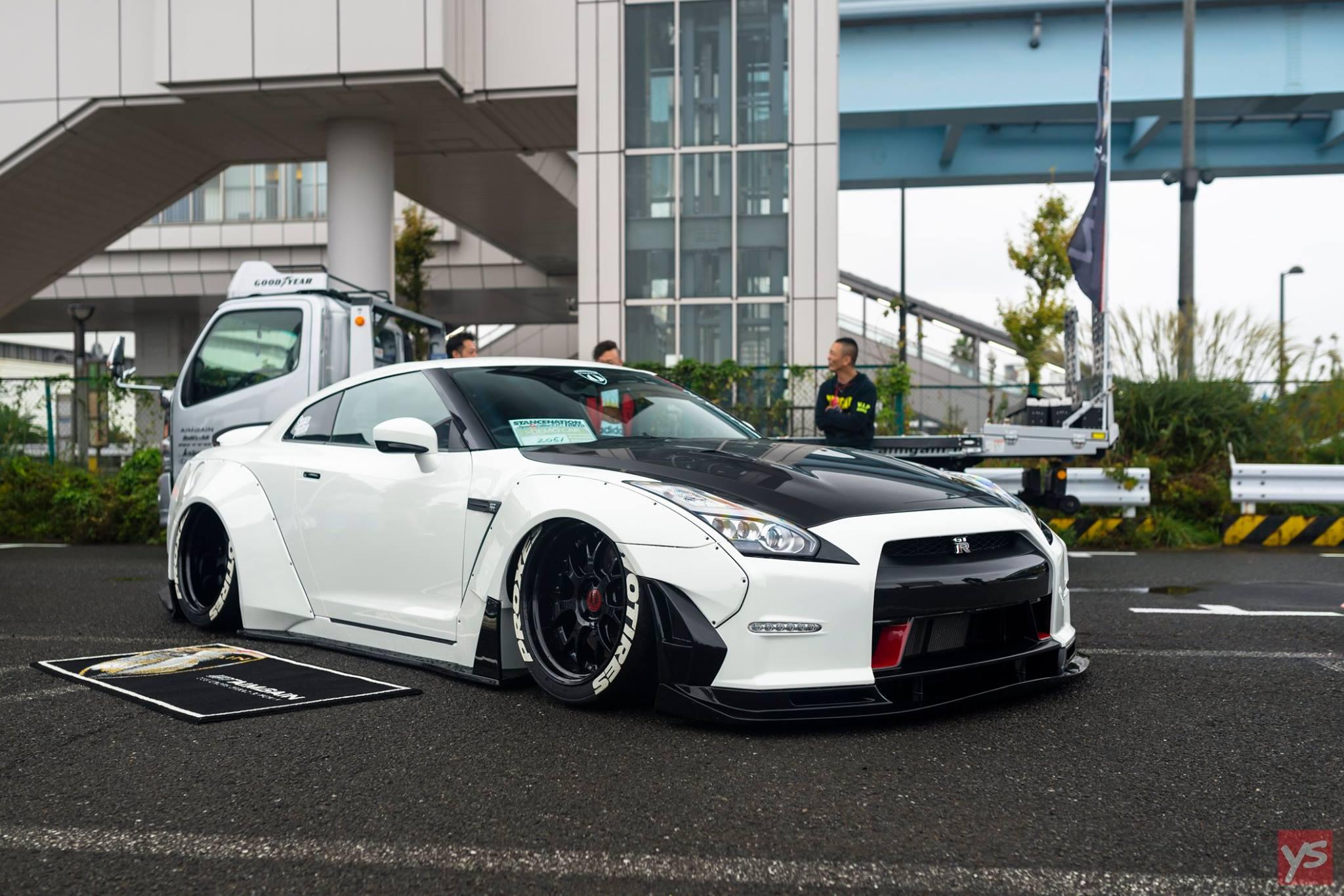 Nissan Skyline GTR R31, R32, R33, R34, R35 Specs, Images Info Nissan gtr r35 pictures